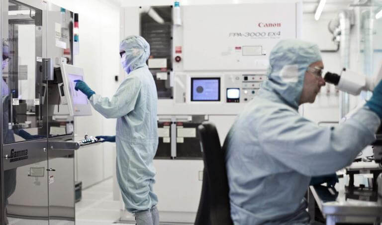 Deep UV lithography (DUV) | NIL Technology